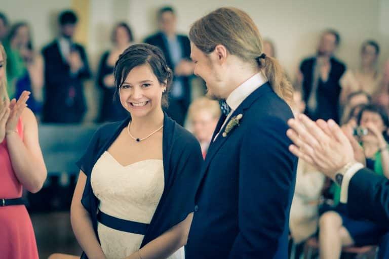 Hochzeitsfoto im Standesamt Münster mit Braut und Bräutigam